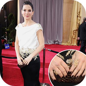 Sandra Bullock díjátadós körmei